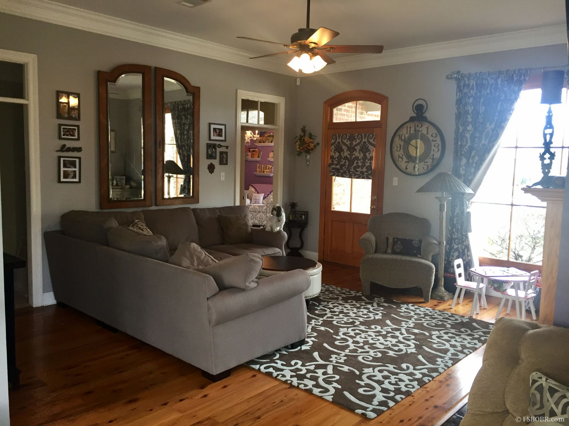 Beautifully Updated Home in Perfect Location Springdale